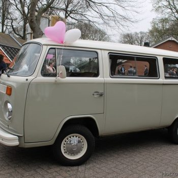HochzeitsAuto VW T2 Bulli Mieten in Grau Weiss in Gronau