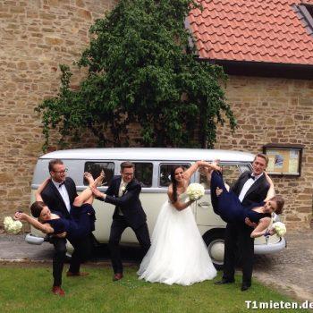 Hochzeitsbulli mieten Volkswagen T1 Weiss hell Grau in 49843 Halle