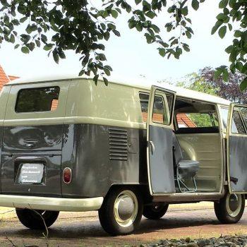 Volkswagen Bus in Originale zustand dunkele Verkleding an der innenseite